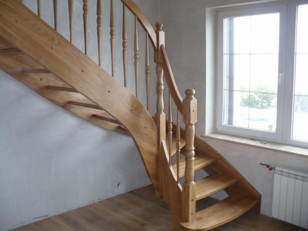 Brocerbud - Repeindre un escalier en bois en blanc ...